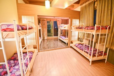 10 Bed Dormitory